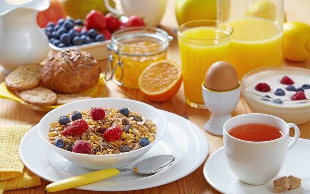 Healthy-breakfast-TRiii-Fitness.jpg